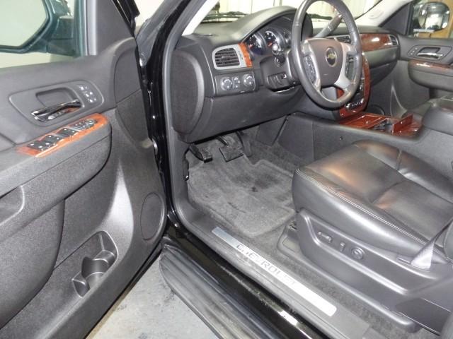 2013 Chevrolet Suburban LTZ 1500 4WD in Cleveland