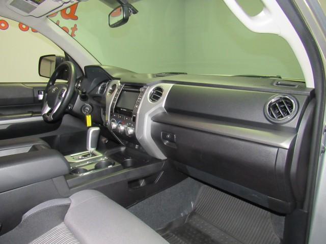 2016 Toyota Tundra SR5 5.7L V8 CrewMax 4WD in Cleveland