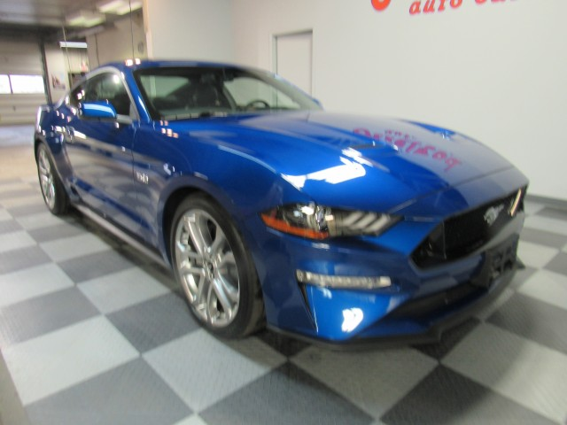 2018 Ford Mustang GT Premium Coupe in Cleveland